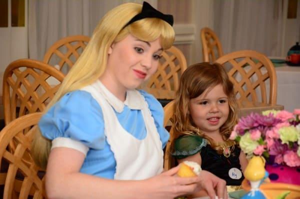 Alice decorating her cupcake