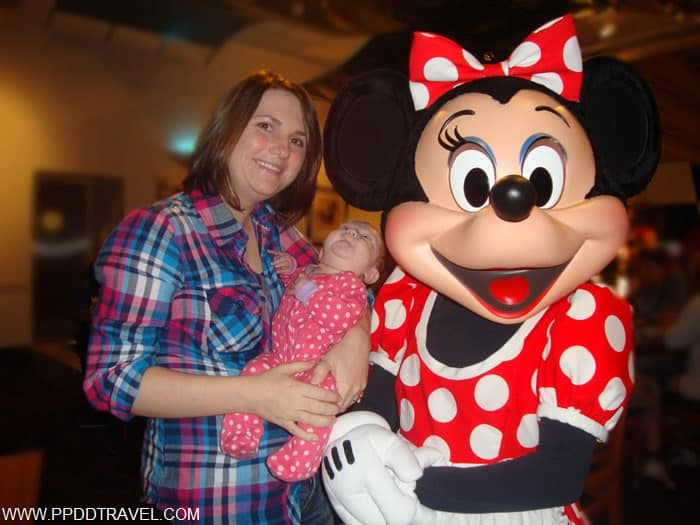 her first picture with Minnie!